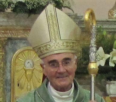 Monsignor Luigi Conti è il presidente della Cei Marche