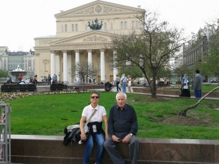 I genitori davanti al Bolshoi