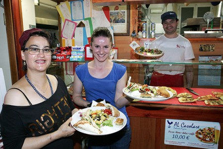 lo staff della piadineria Al Casolare