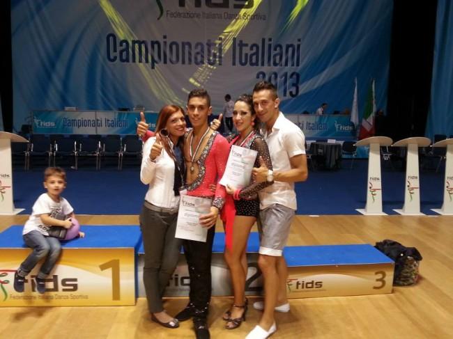 Matteo Gatti e Clarissa Ciminari con i maestri Riccardo e Silvia