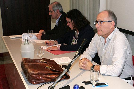 In primo piano il presidente dell'ordine degli avvocati Stefano Massimiliano Ghio