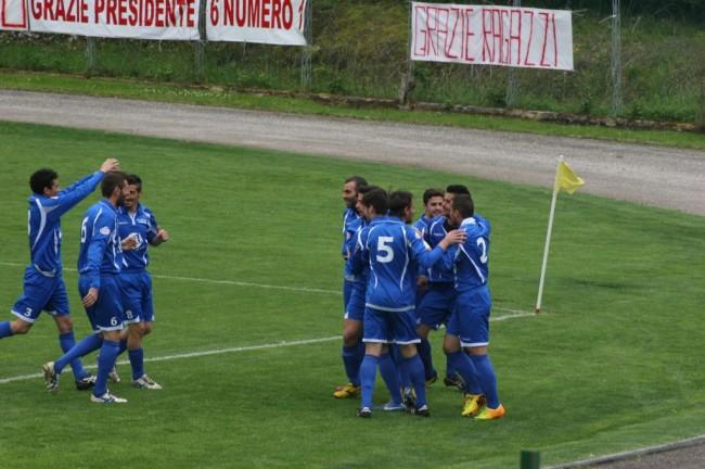 Esultanza 1-0 (6)