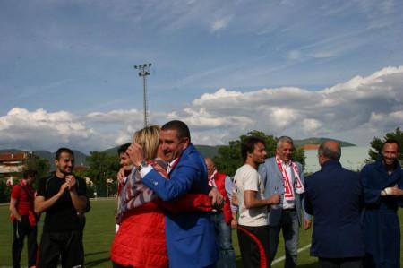 Tutta la gioia di patron Mauro Canil