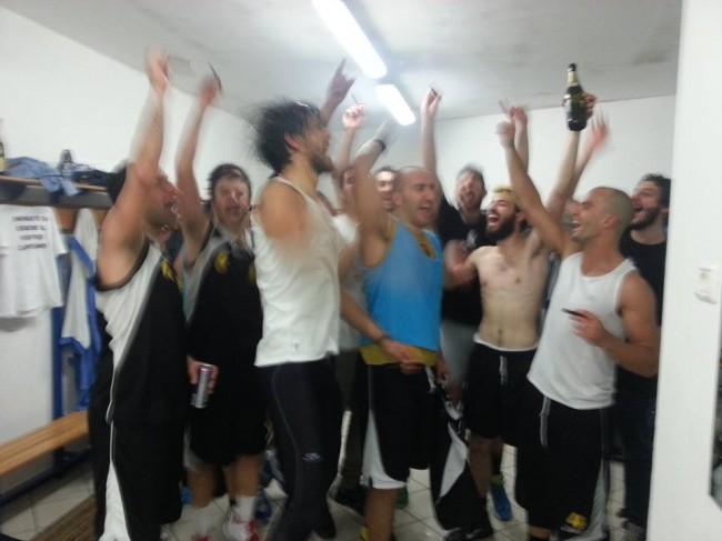 Il Cus Camerino basket festeggia la promozione in serie D