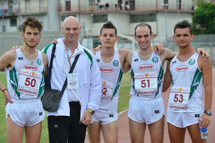 La squadra di marcia dell'Atletica Recanati