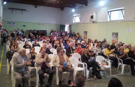 Oltre 150 persone hanno gremito la palestra Diaz per la presentazione della lista Grande Futuro per Porto Recanati