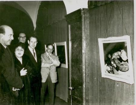 Umberto-II-ospite-alla-mostra-di-Anna-Claudi-a-Lisbona
