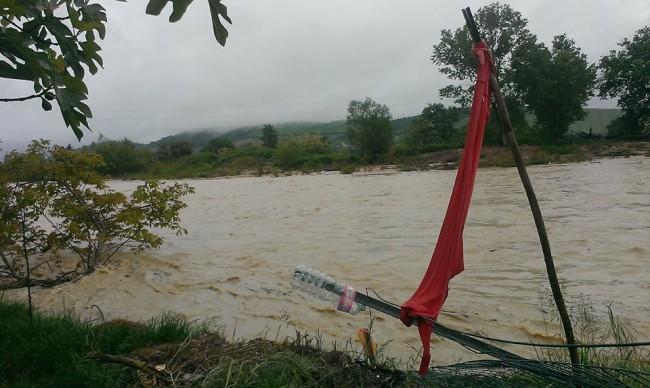 Il fiume Chienti a Casette Verdini nella foto di Valentina Morichetti