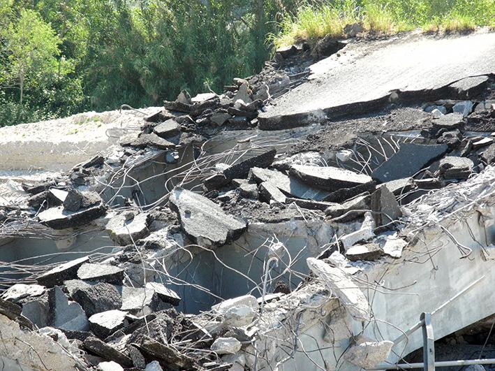 demolizione ponte colbuccaro-fistra_fiume Guado (11)