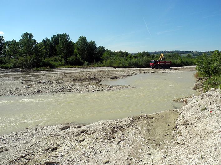 demolizione ponte colbuccaro-fistra_fiume Guado (18)