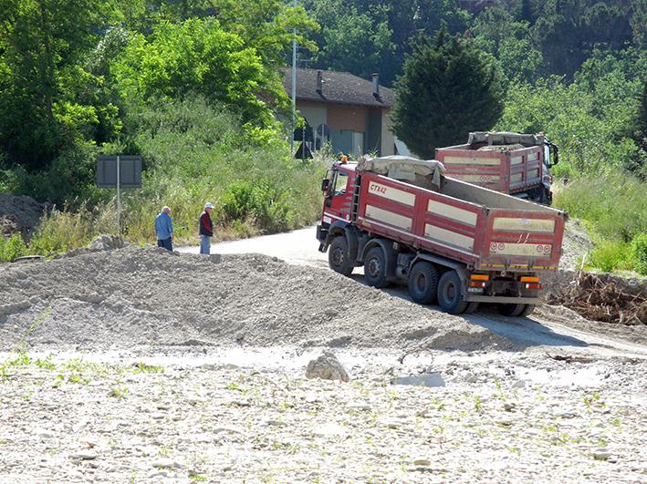 demolizione ponte colbuccaro-fistra_fiume Guado (20)