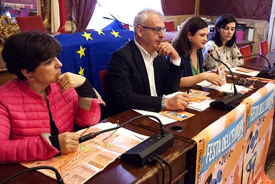 Il sindaco Romano Carancini durante la presentazione della manifestazione