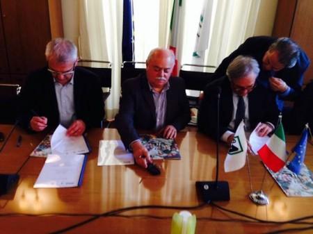 Romano Carancini, Antonio Pettinari e Gian Mario Spacca firmato il protocollo sulla Mattei-La Pieve a Roma