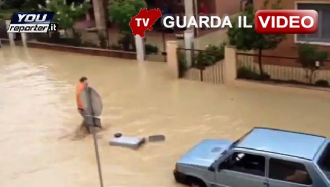 Il video degli allagamenti a Senigallia (clicca sull'immagine per vedere il video)