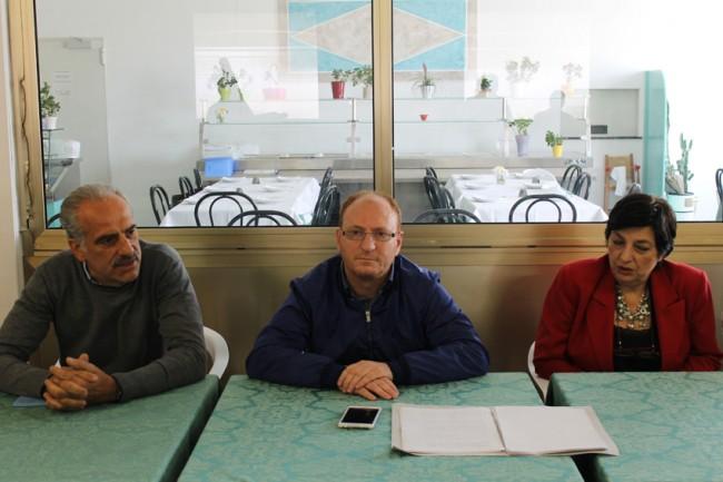 L'assessore al turismo Giulio Silenzi, Yuri Rosati assessore ai servizi sociali e Mirella Franco presidente della commissione servizi sociali