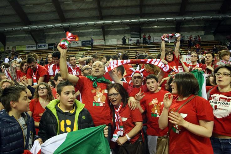 tifosi lube vittoria scudetto 2014 (2)