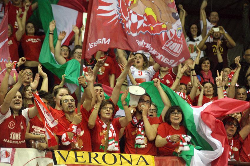 tifosi lube vittoria scudetto 2014 (3)