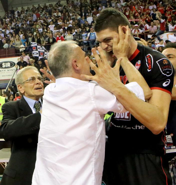Giulianelli abbraccia Podrascanin