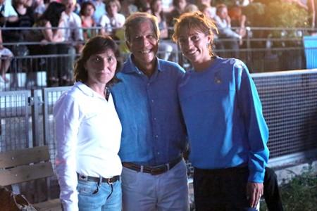 Giovanna Trillini, Giovanni Torresi (assessore provinciale allo sport) ed Elisa Di Francisca
