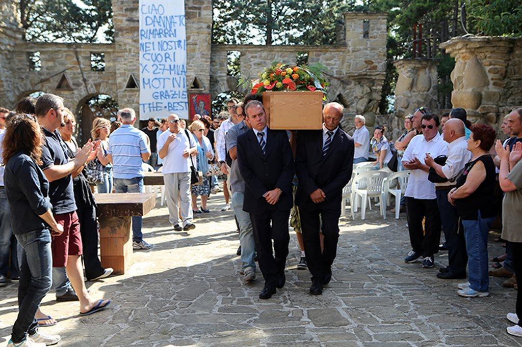 Funerale Franco Zannini Apiro_Dannato (23)