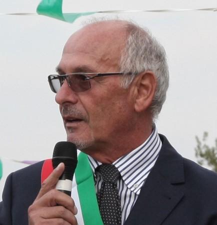 Il sindaco Luigi Monti