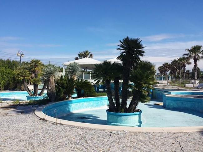Le-piscine-del-Baba-Beach.-Foto-di-Alessandro-Tesei-da-ascosilasciti.wordpress.com_