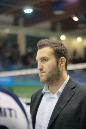 Il secondo allenatore Leonel Carmelino