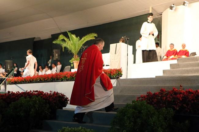 Partenza pellegrinaggio macerata loreto 2014 (2)