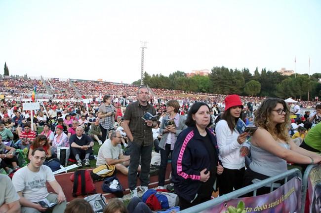 Pellegrinaggio_Macerata_Loreto_2014_Stadio (44)