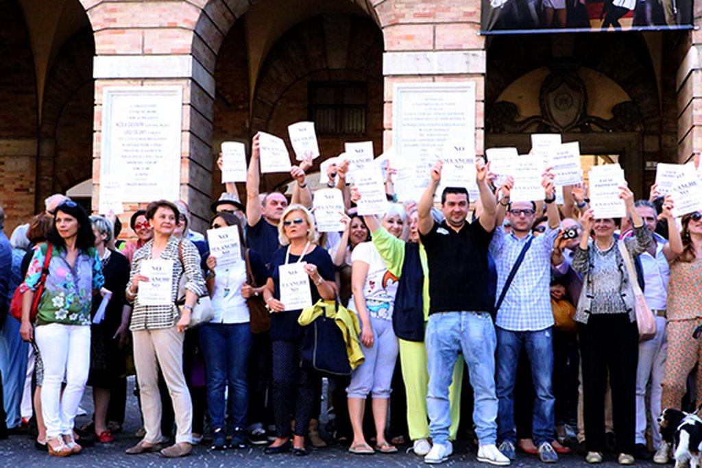 I commercianti di Macerata in questi giorni sono molto attivi su Fb dove hanno aperto un gruppo di discussione