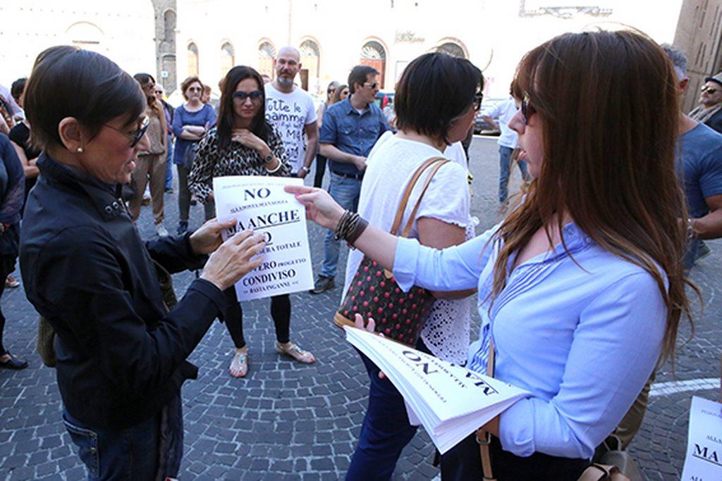 Protesta commercianti Carancini centro storico Macerata (3)