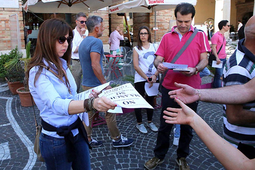 Protesta commercianti Carancini centro storico Macerata (5)