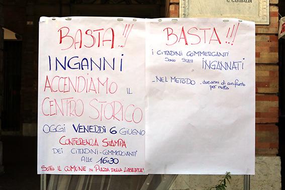 Protesta commercianti Carancini centro storico Macerata (8)