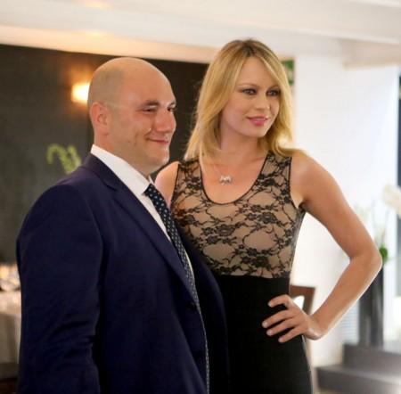 Il festeggiato Salvatore Lattanzi con Anna Falchi