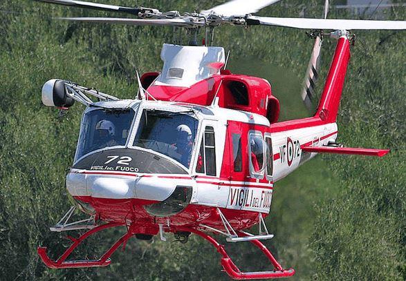 Un elicottero dei vigili del fuoco (foto d'archivio)