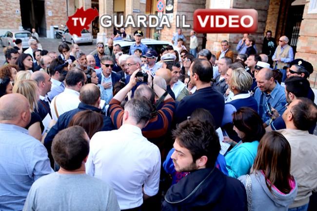 COMMERCIANTI vs SINDACO, IL SECONDO ROUND. (Clicca sull'immagine per guardare il video)