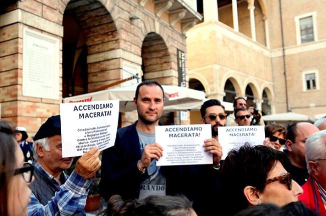 macerata_protesta_commercianti_19_giugno14 (2)