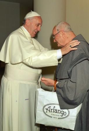 Padre Giuseppe Verdicchio durante la concelebrazione della Santa Messa con Papa Francesco