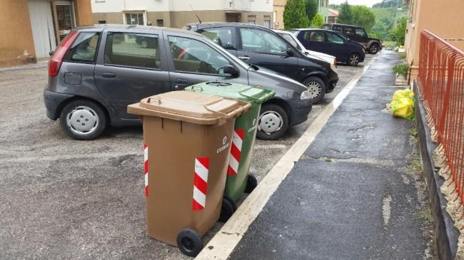 Cassonetti via Borghi, La Pace (2)