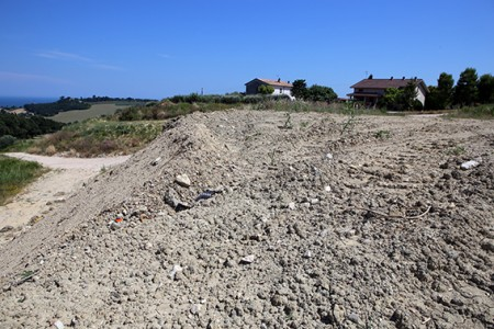 La discarica per rifiuti speciali di Potenza Picena