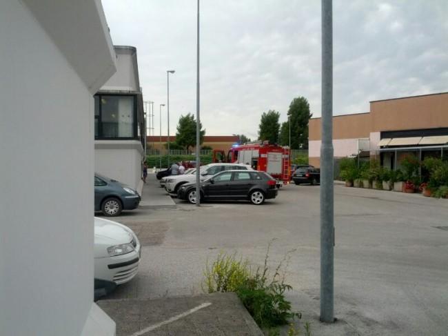 L'incidente questa mattina alla Glf di contrada Cisterna
