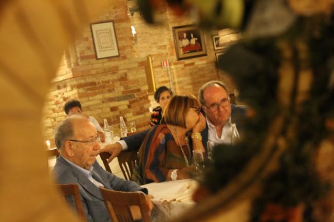 Il giornalista gastronomo Ugo Bellesi, Germano Ercoli e signora