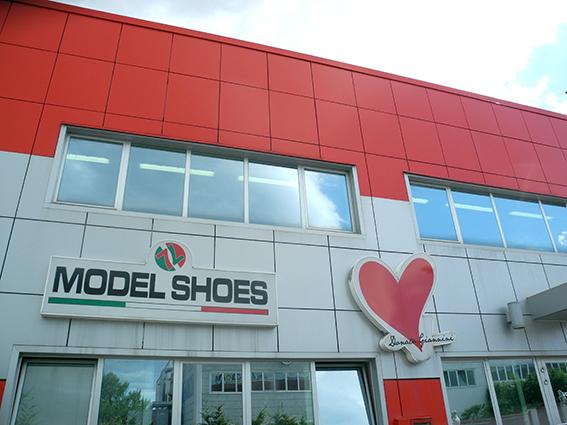 Model Shoes_2