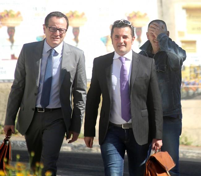 Da sinistra gli avvocati Marco Massei e Mauro Riccioni