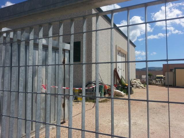 Il capannone di Seminara a Castelraimondo