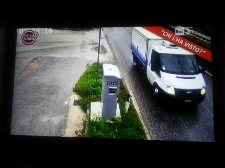 Il fotogramma dell'autovelox che ha immortalato il furgone di Sarchiè