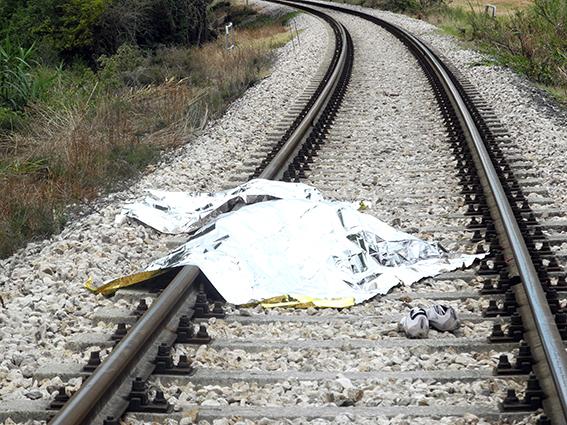 suicidio treno pieve macerata (10)