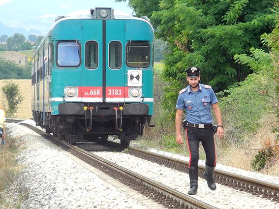 suicidio treno pieve macerata (4)