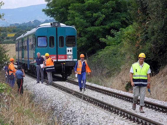 suicidio treno pieve macerata (6)