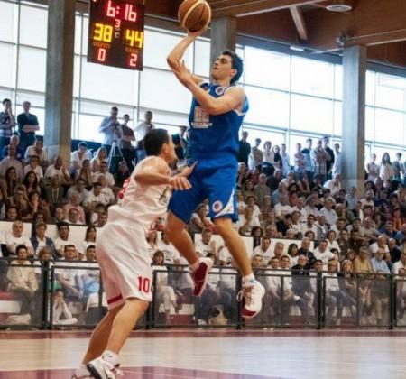Alessandro Zanelli nuovo playmaker del Basket Recanati